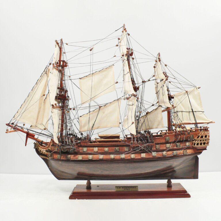Le Superbe Schiffsmodell