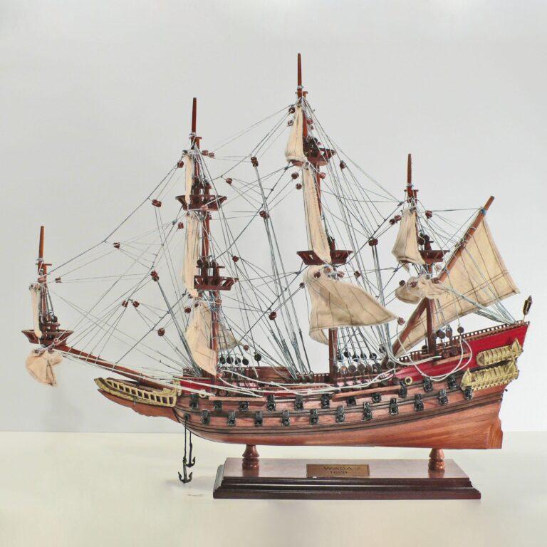 Håndlavet historisk sejlskibsmodel af Wasa