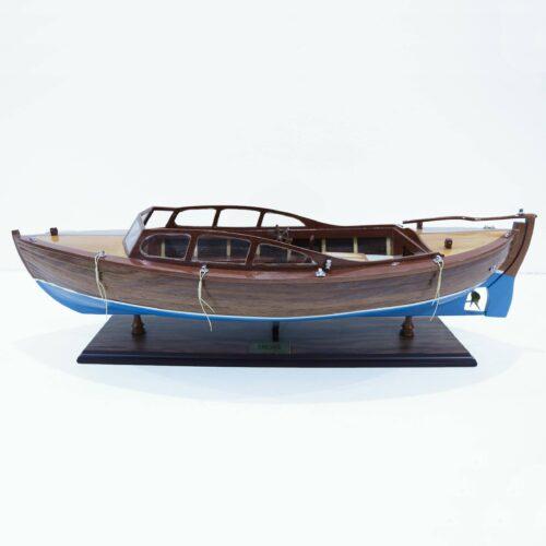 Håndlavet skibsmodel lavet af træ Snekke